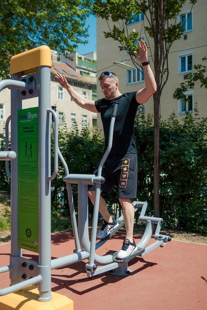 FreeGym Geräte - Crosstrainer